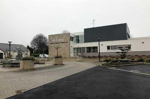Nettoyage et ravalement de façade pour les entreprises - Frank Moro Peinture / Plérin, Côtes d''Armor (22)