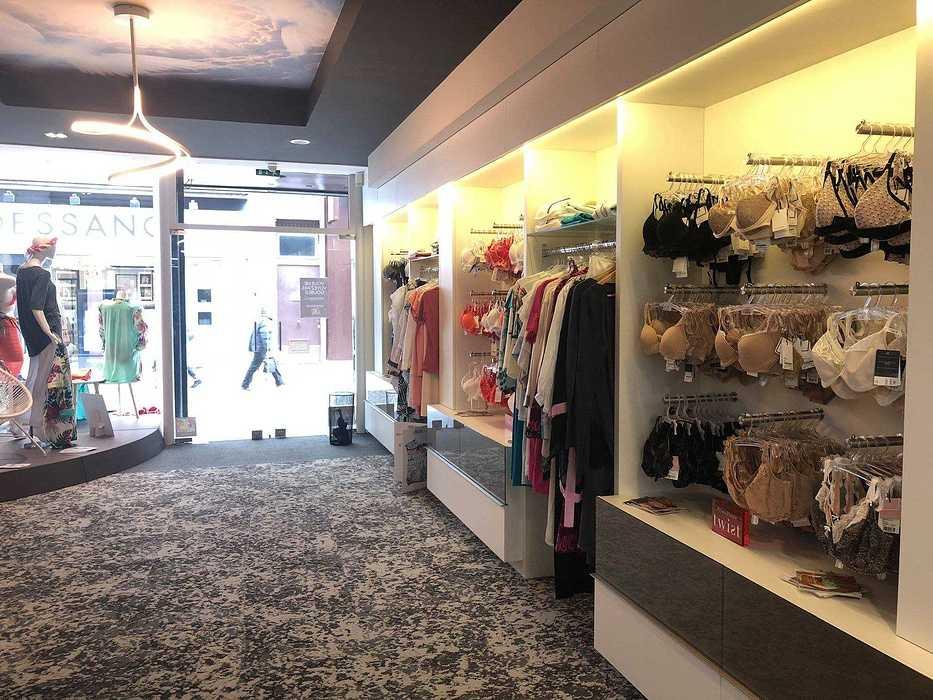 Aménagement et décoration intérieure d''un magasin à Saint Brieuc - 22 3407581220633651372650041541000915383746560o